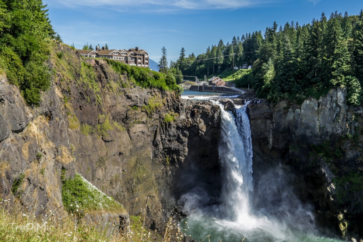 Twin Peaks - wodospad, hotel Salish Lodge and Spa, serialowy Great Northern