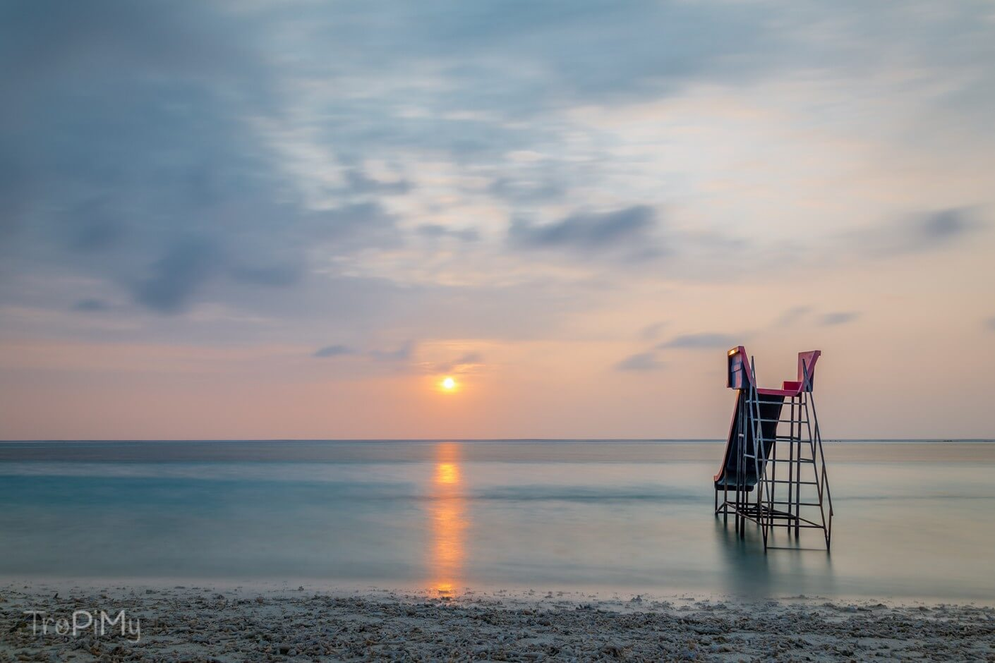 Wschód słońca na wyspie Huraa