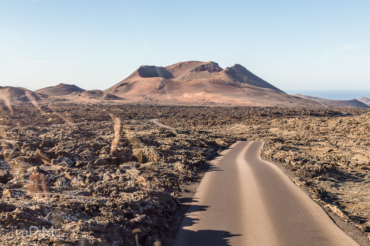 Park Narodowy Timanfaya na Lanzarote - widok na wulkan