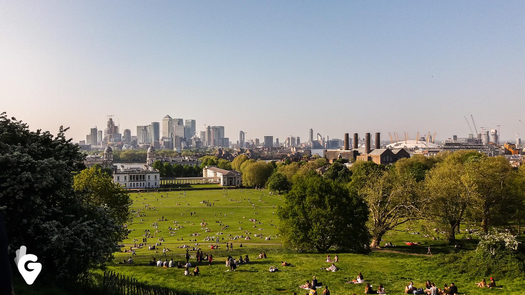 Widok na Londyn z obserwatorium w Greenwich