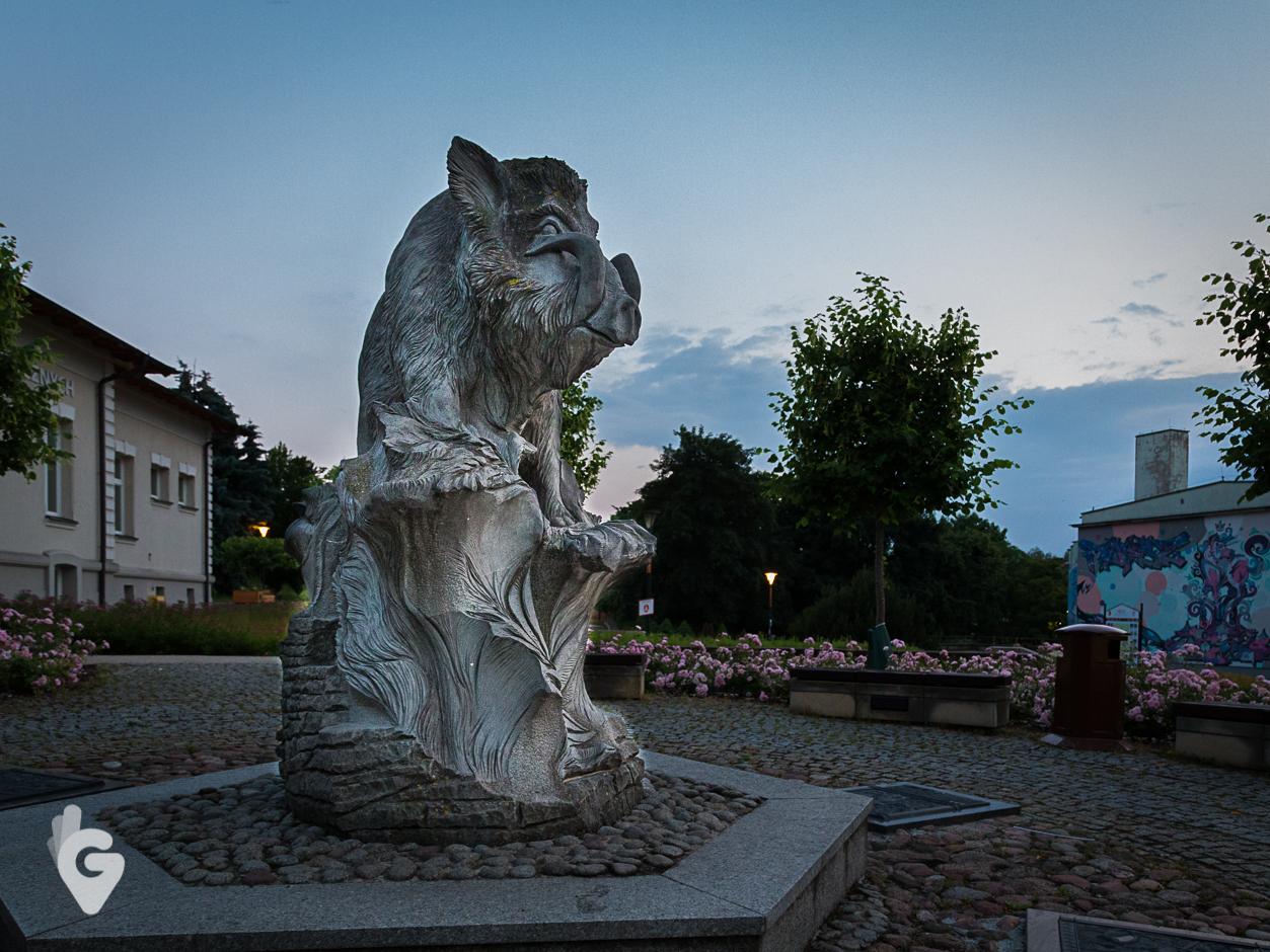 Pomnik dzika Kiełka, Kielce